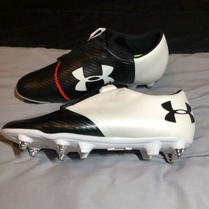 UNDER ARMOUR spotlight hybrid cleats Sz 11